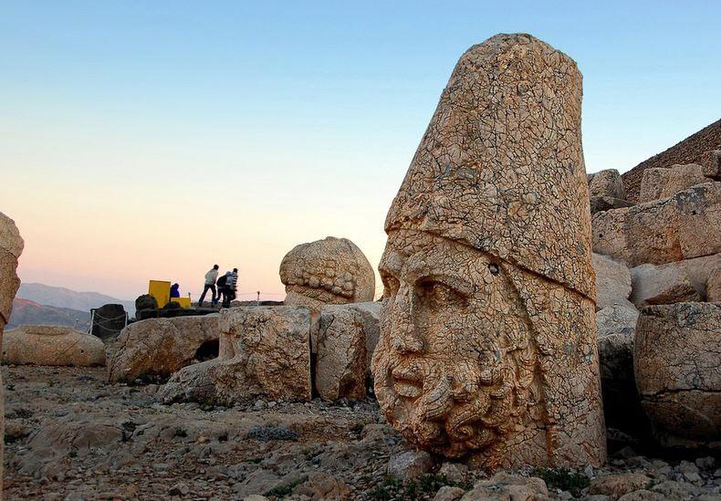 Las Ruinas del Reino de Commagene - Monte Nemrut | Turquía