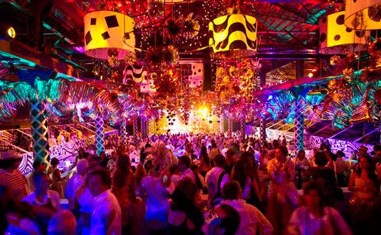 SCALA RIO e os luxuosos bailes de carnaval