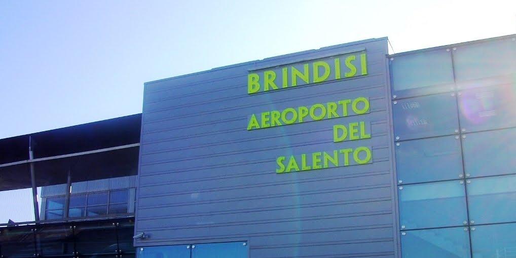 Evacuato Aeroporto del Salento di Brindisi per un falso allarme
