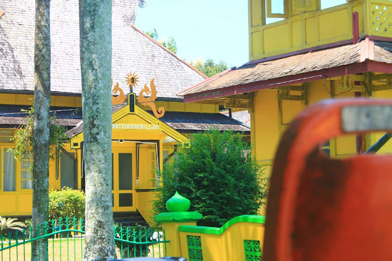Istana Keraton Sambas - Catatan Nizwar ID