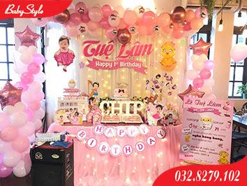 trang trí sinh nhật chủ đề gà hồng cho bé gái
