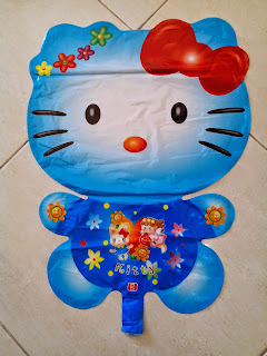 Foil Character Hello Kitty Biru