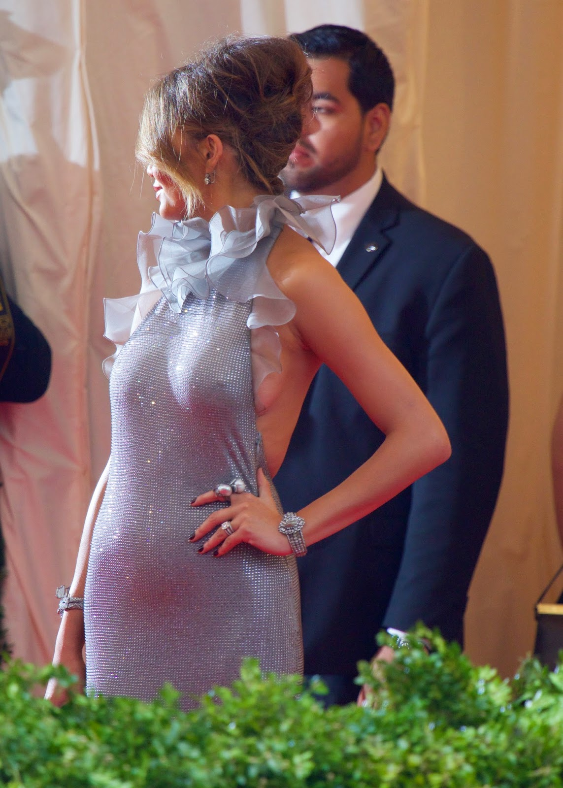 beautiful and sexy Chrissy Teigen hot dress at Met Gala