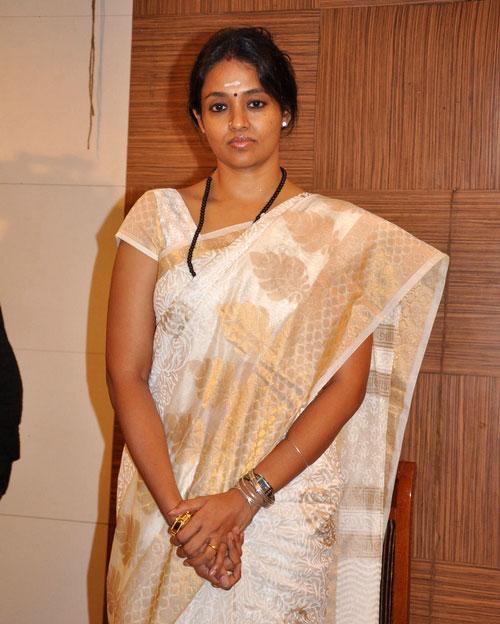 Hot Mallu Masala Actress Ranjitha Sexy Pictures