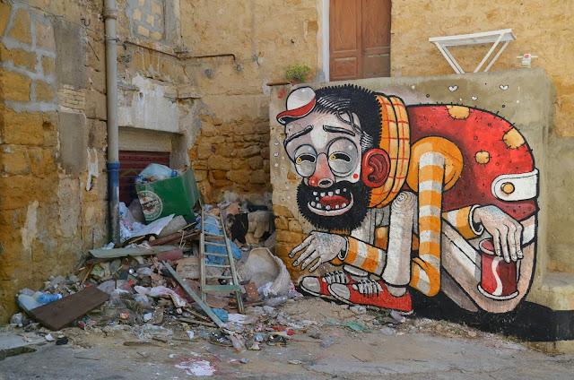 """Trash Only Salvation"" New Street Art Piece By Mr Thoms In Sicily, Italy. 4"