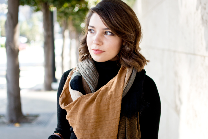 Black turtleneck with plaid check blanket scarf, fall thanksgiving outfit idea