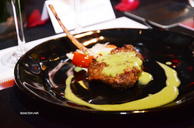 Pan Seared Lamb Chop in Thai Green Curry Sauce