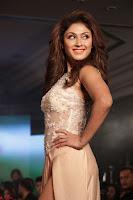 Manjari Phadnis Walks the Ramp At Designer Nidhi Munim Summer Collection Fashion Week (8).JPG