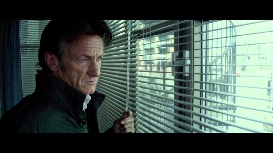 Sean Penn reflexiona.