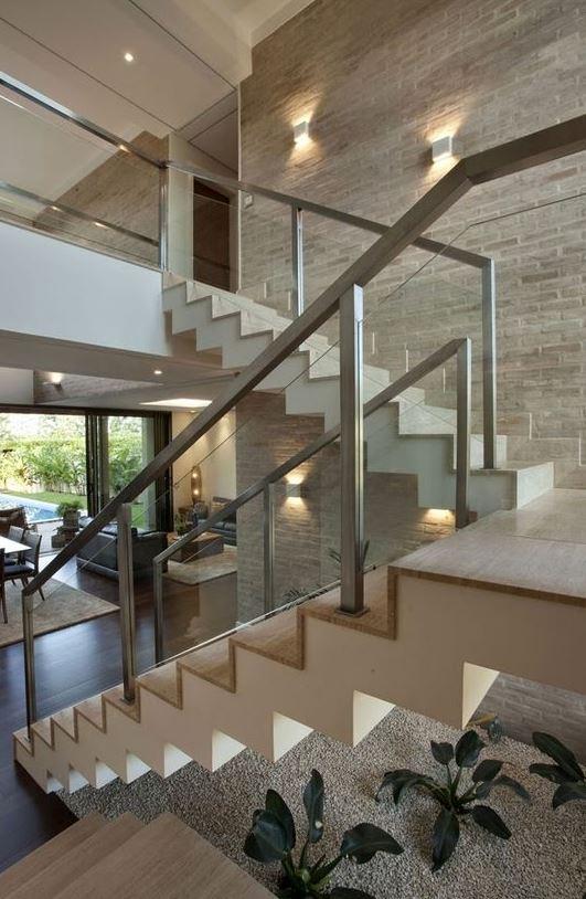 escaleras metlicas interior de acero inoxidable madera y vidrio