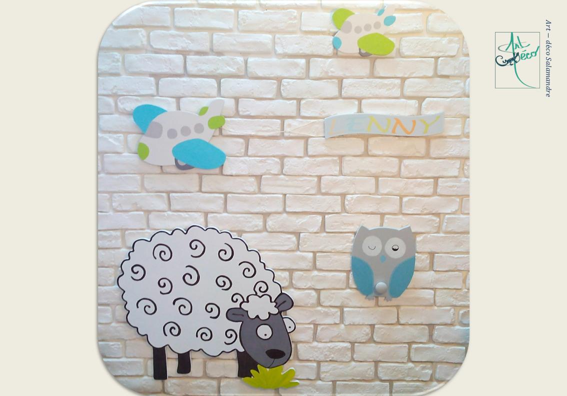 mouton rigolo en bois patere hibou avion peint à la main