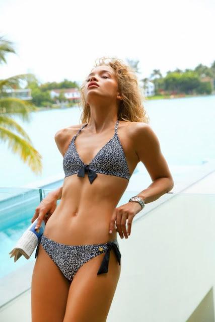 Jasmine Sanders in bikini