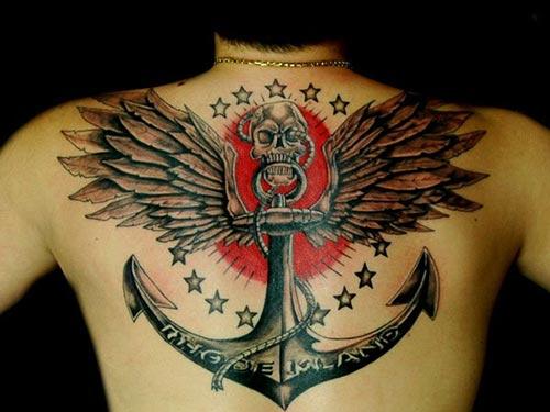 skull and anchor tattoo for man back erkek sırt kurukafa çapa dövmesi