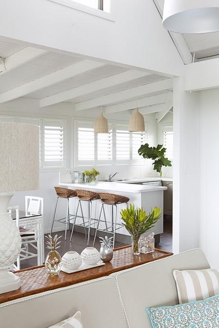 Tropical Kitchen Decor: Modern Palm Boutique: Freshly Remodeled Beach Kitchen
