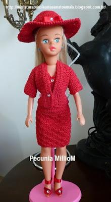 Vestido, casaco e sapatos de Crochê Para a Susi Antiga Criada Por Pecunia MillioM