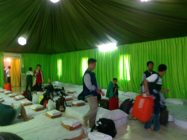 kamar barak the highland park resort hotel bogor