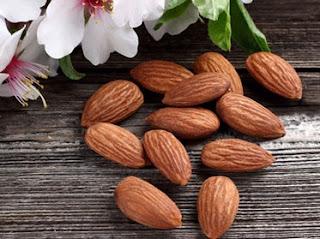 11 Khasiat Minyak Almond Untuk Kesehatan Dan Kecantikan