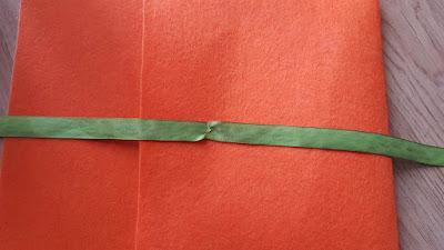 Felt envelope clutch with ribbon closure tutorial