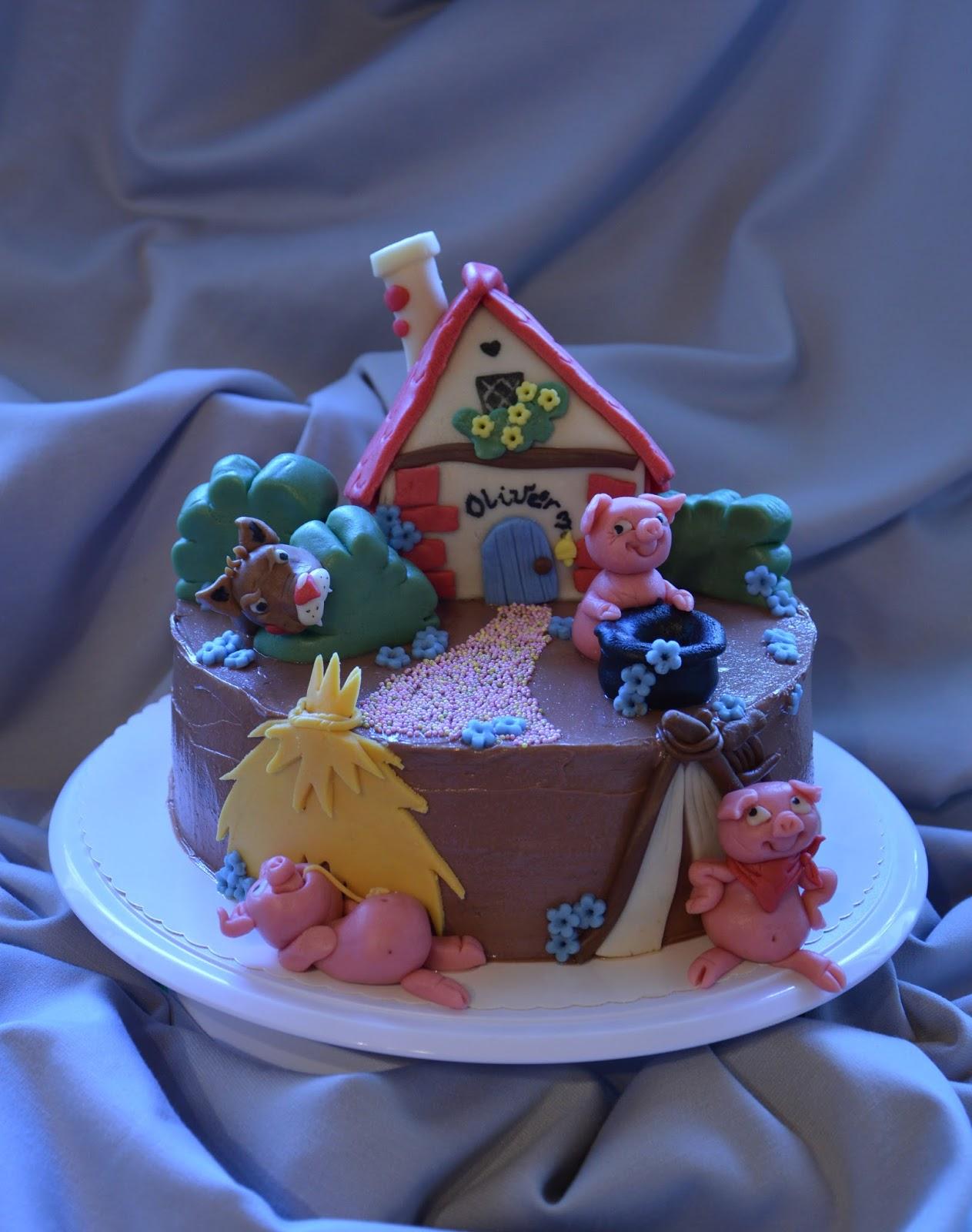 a három kismalac boldog születésnapot Szilke: Három kismalac torta   The three little pigs cake a három kismalac boldog születésnapot