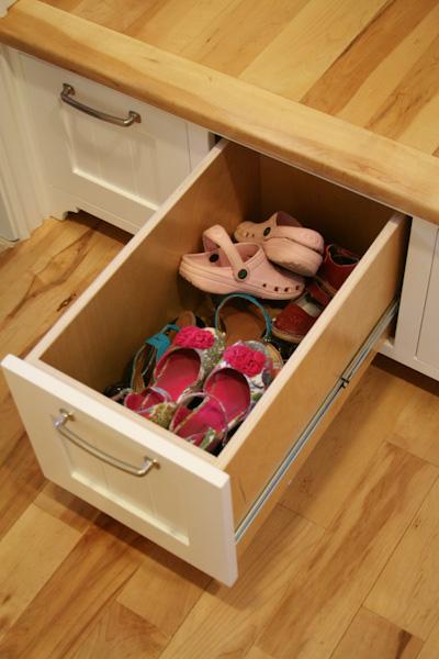 built-in-storage-lockers