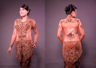 Foto Baju Kebaya Badan Gemuk Ivan Gunawan