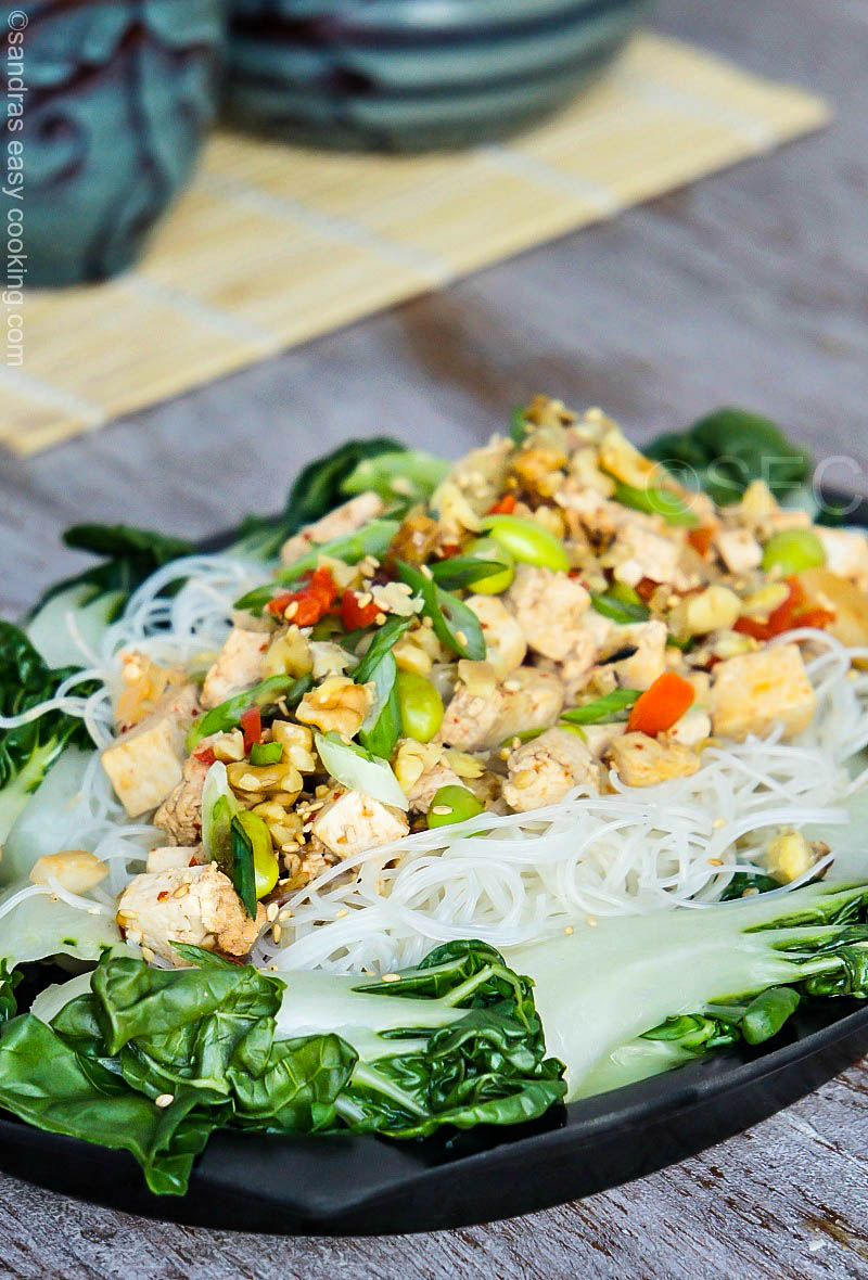 Recipe for Vegetarian Chinese Rice Noodles With Tofu