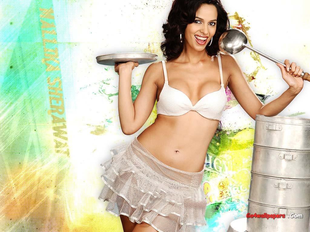 Hot Anime Angel Bollywood Celebrity Mallika Sherawat Wallpapers