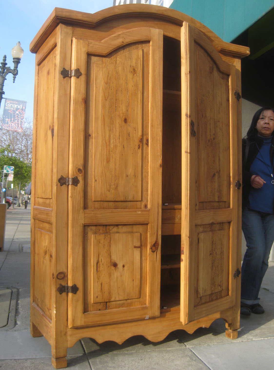 UHURU FURNITURE & COLLECTIBLES: SOLD - Mexican Pine ...
