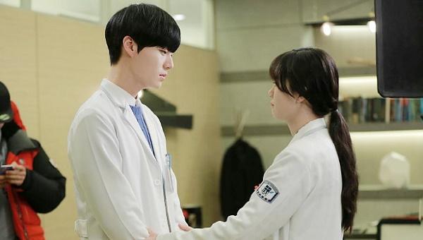 Romantisnya! Ini Kejutan yang Diberikan Ahn Jae Hyun Kepada Goo Hye Sun!