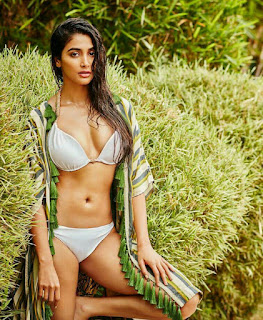 Pooja Hegde Latest Hot & Sexy Bikini Photos
