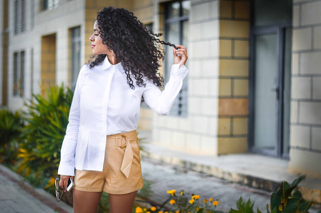 moda, fashion, trendy, tendencias, outfit, look, ootd, chic, blogger, personal style, style, estilo, stephtopia, office look, short, caqui, camisa blanca