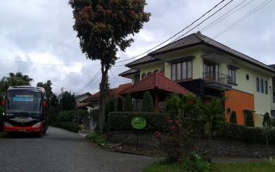 Villa Di Parongpong Lembang Lengkap Dengan Harga Sewanya