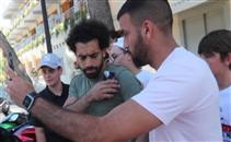 فيديو جماهير اسبانيا تتكالب على محمد صلاح