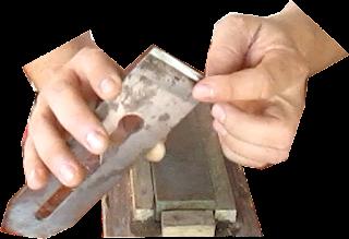 Afilar cuchilla de cepillo de carpintero