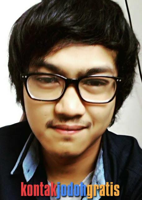 Arie Mahasiswa Ganteng Bandung Cari Jodoh