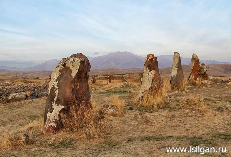 Megaliticheskij-pamyatnik-Karauhdzh-Zorac-Karer-Armeniya