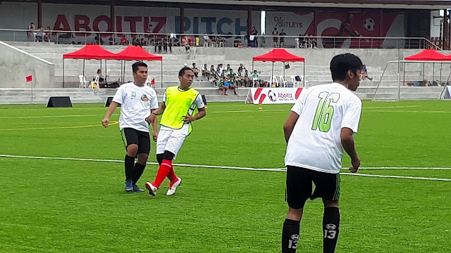 ACF Real Molinillo in action against FC Reigning Kickers in the Aboitiz Football Cup Luzon.