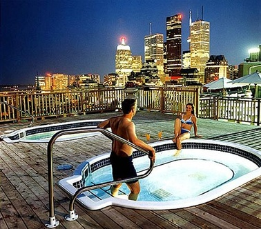 Top recommended hotels in Toronto Canada