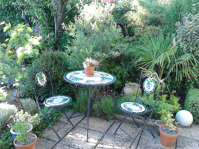 Mediterranean style patio garden table and chairs Green Fingered Blog