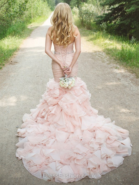 http://www.dressfashion.co.uk/product/trumpet-mermaid-sweetheart-organza-court-train-cascading-ruffles-glamorous-wedding-dress-ukm00022566-17695.html?utm_source=minipost&utm_medium=1173&utm_campaign=blog
