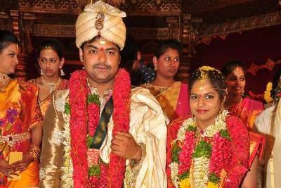 Producer-Giris-Daughter-Sarika-wedding-photos1