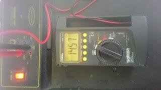 Pengukuran tegangan DC menggunakan Multimeter digital