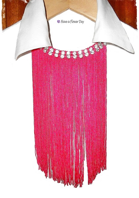 Collares flecos fucsia· Fuchsia fringe necklaces