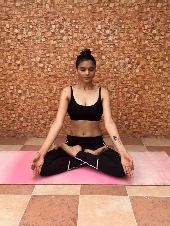 Sezal Sharma Spotted While Doing Yoga on International Yoga Day