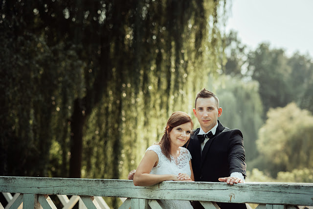 sesja ślubna w skansenie Lublin, sesja rodzinna, fotografia ślubna Lublin