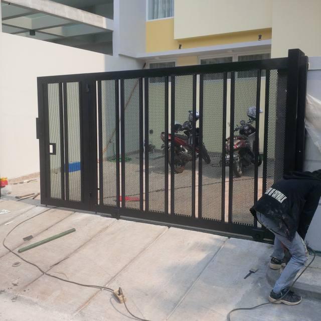 Baja Ringan Untuk Garasi Mobil Plat Lubang Pintu Minimalis | Bengkel Las Dan Canopy ...