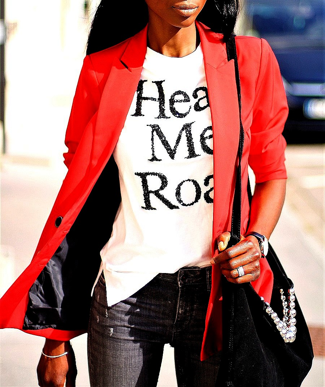 blazer-rouge-t-shirt-imprime