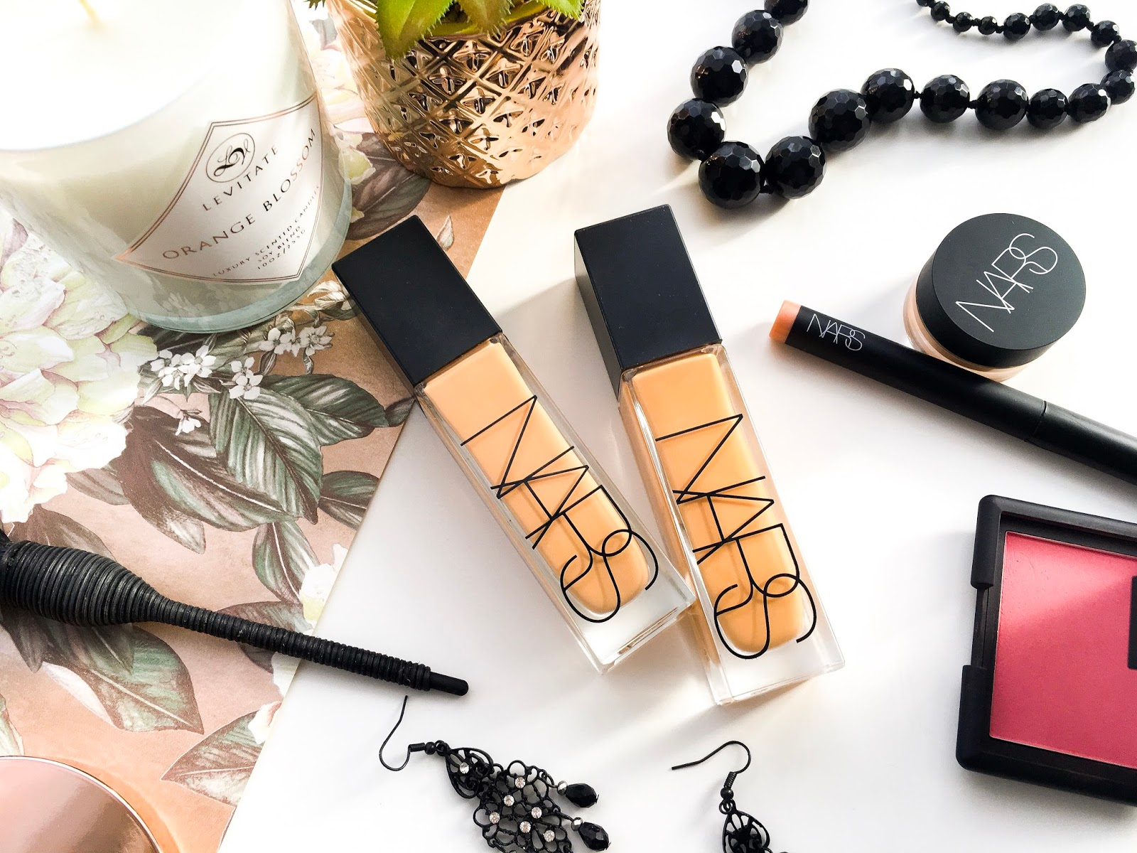 new nars natural radiant longwear foundation review, nars natural radiant foundation vs nars sheer glow, nars natural radiant longwear foundation review and swatches