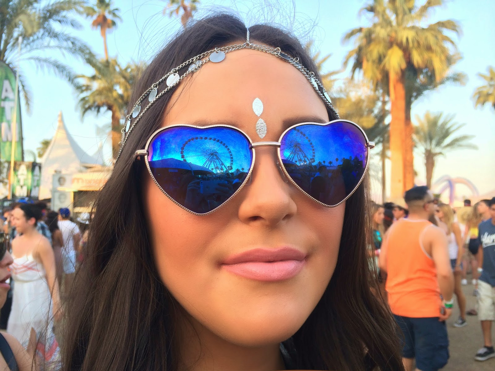 Fashion blogger Mash Elle at Coachella - Peace & Love: Coachella Outfits by popular Orlando fashion blogger Mash Elle