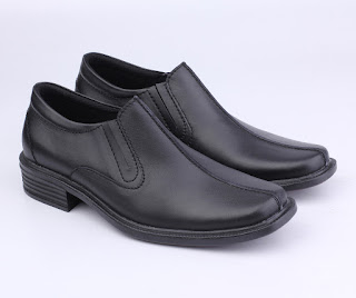 toko cibaduyut online murah,sepatu kerja pria murah,sepatu pantofel hitam,sepatu formal kulit murah,grosir sepatu guru,model sepatu kulit pegawai bank,sepatu dinas pns murah bandung